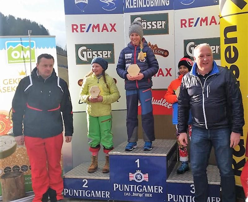 Julia Gritz - 1.Platz Technik und 2.Platz Slalom.jpg